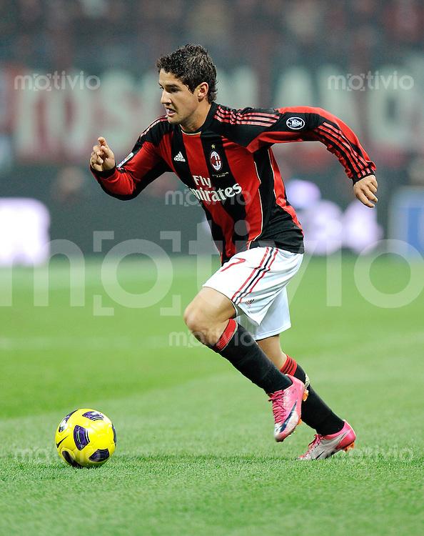 FUSSBALL INTERNATIONAL   SERIE A   SAISON 2010/2011    AC Mailand - Juventus Turin     30.10.2010 Pato (AC Mailand)