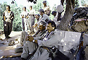 Irak 1985.Dans les zones libérées, région de Lolan, peshmergas se reposant.Iraq 1985.In liberated areas, Lolan district, peshmergas resting