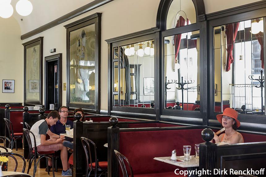 Caf&eacute; Griensteidl, Michaeler Platz, Wien, &Ouml;sterreich, UNESCO-Weltkulturerbe<br /> Caf&eacute; Griensteidl, Michaeler Platz, Vienna, Austria, world heritage
