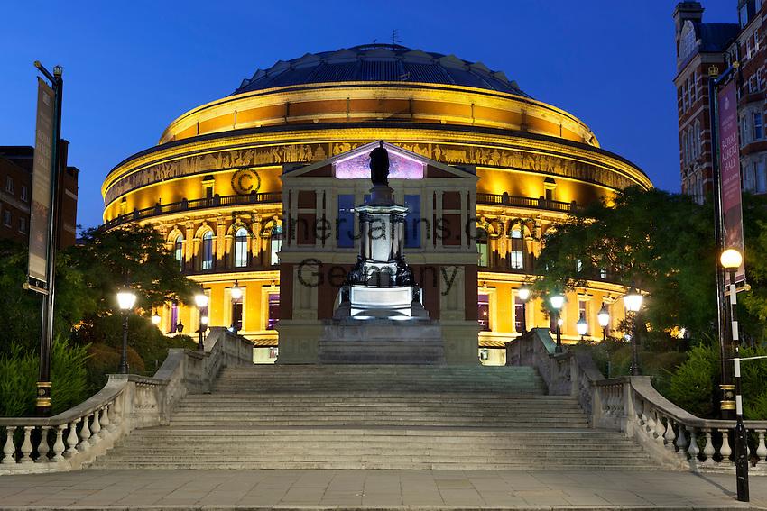 Great Britain, England, London, Kensington Gardens: Royal Albert Hall at night | Grossbritannien, England, London, Kensington Gardens: Royal Albert Hall am Abend