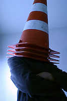 Belo Horizonte_MG, Brasil...Homem com um cone de transito na cabeca...A man with the traffic cone on the head...Foto: BRUNO MAGALHAES /  NITRO