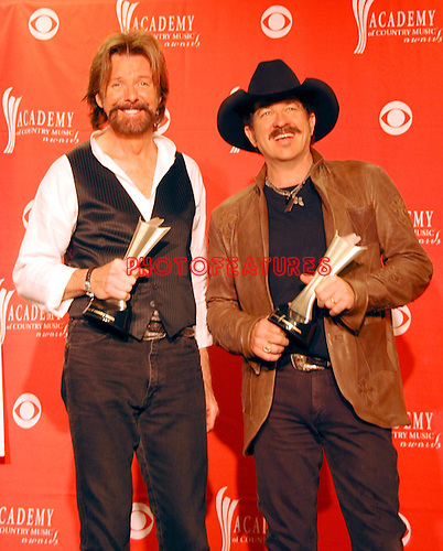 Brooks & Dunn - Kix Brooks and Ronnie Dunn at the 2008 ACM Awards at MGM Grand in Las Vegas, May 18 2008.