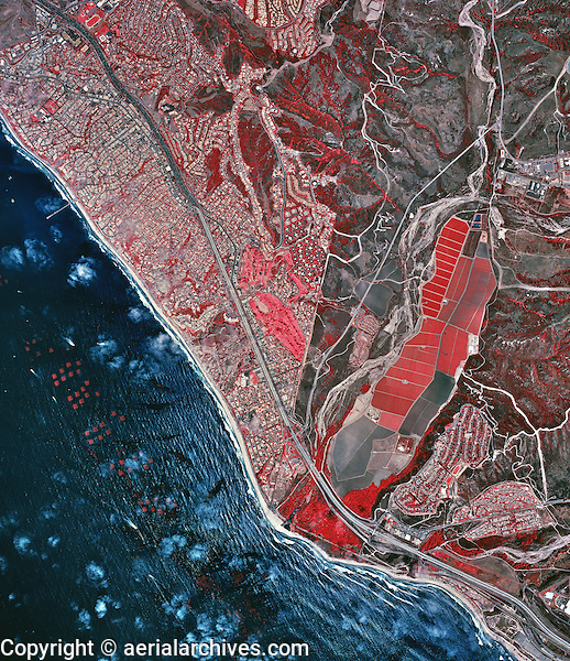 historical infrared aerial photograph of San Clemente, California, 2002