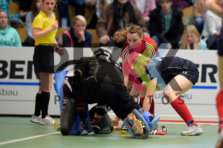 GER - Luebeck, Germany, February 06: During the 1. Bundesliga Damen indoor hockey semi final match at the Final 4 between Berliner HC (blue) and Duesseldorfer HC (red) on February 6, 2016 at Hansehalle Luebeck in Luebeck, Germany. Final score 1-3 (HT 0-1). <br /> <br /> Foto &copy; PIX-Sportfotos *** Foto ist honorarpflichtig! *** Auf Anfrage in hoeherer Qualitaet/Aufloesung. Belegexemplar erbeten. Veroeffentlichung ausschliesslich fuer journalistisch-publizistische Zwecke. For editorial use only.