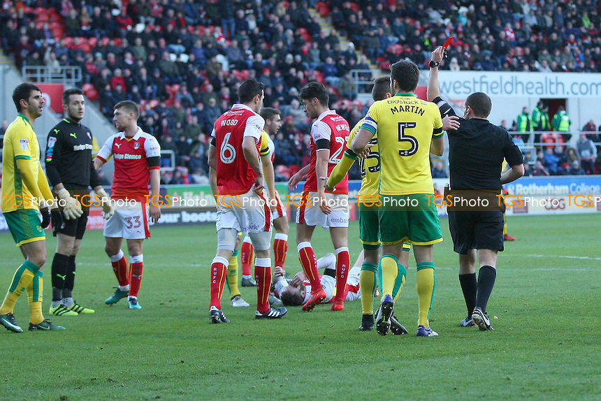 Referee Mr G.Eltringham shows Nélson Oliveira of Norwich City (far left) a straight red card during Rotherham United vs Norwich City, Sky Bet EFL Championship Football at the New York Stadium on 14th January 2017