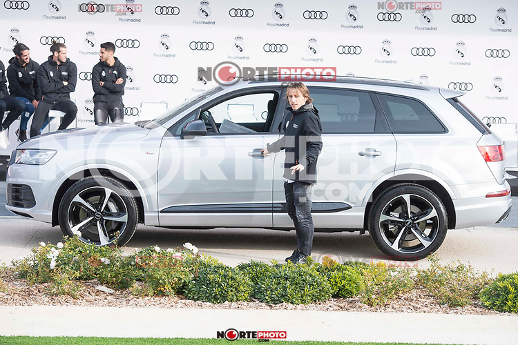 Luka Modric of Real Madrid CF poses for a photograph after being presented with a new Audi car as part of an ongoing sponsorship deal with Real Madrid at their Ciudad Deportivo training grounds in Madrid, Spain. November 23, 2017. (ALTERPHOTOS/Borja B.Hojas) /NortePhoto.com NORTEPHOTOMEXICO