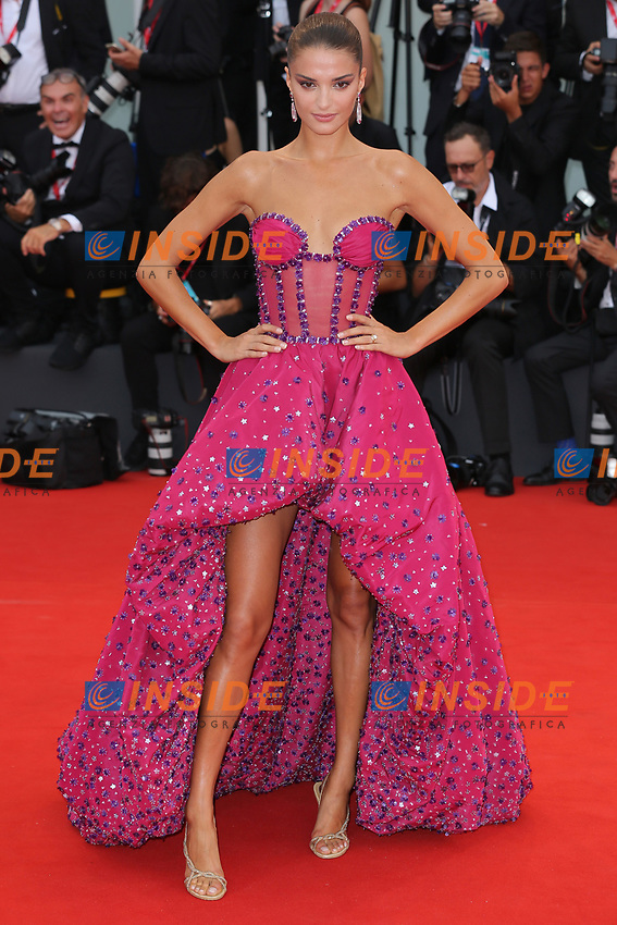 "VENICE, ITALY - AUGUST 28: Gabrielle Caunesil walks the red carpet ahead of the Opening Ceremony and the ""La Verite"" (The Truth) screening during the 76th Venice Film Festival at Sala Grande on August 28, 2019 in Venice, Italy., 2019 in Venice, Italy. (Photo by Marck Cape/Inside Foto)<br /> Venezia 28/08/2019"