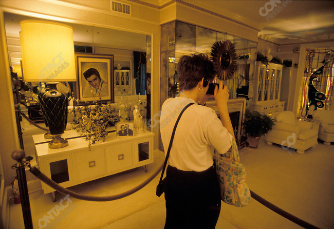 The interior of Graceland, home of Elvis Presley, Memphis, Tennessee, USA, May 1996