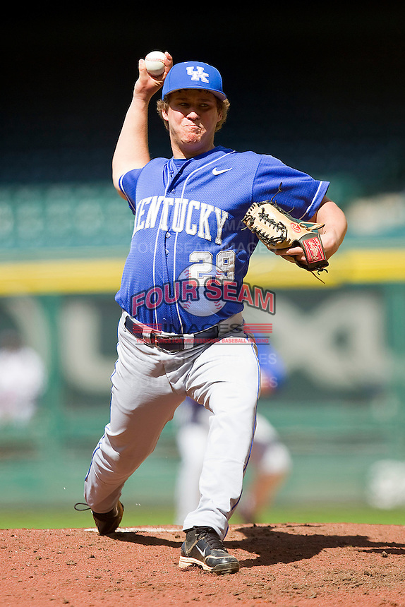 Relief pitcher Trevor Gott #29 of the Kentucky Wildcats in action against the Utah Utes at Minute Maid Park on March 6, 2011 in Houston, Texas.  Photo by Brian Westerholt / Four Seam Images