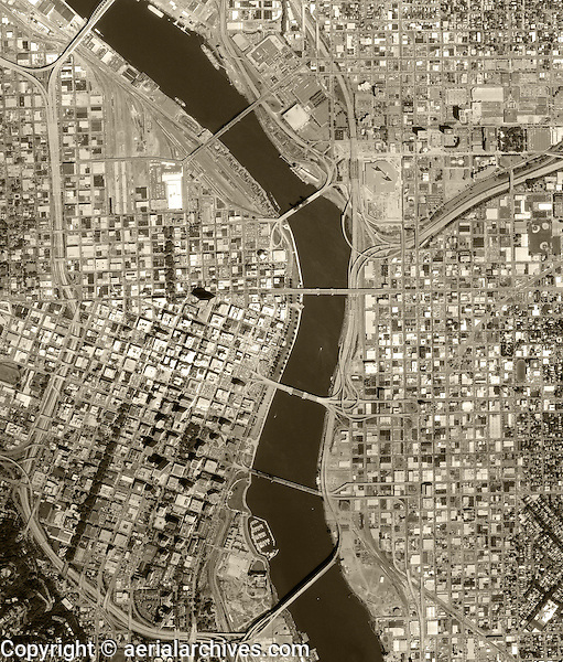 aerial photo map of Portland, Oregon, 1990