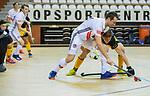 Almere - Zaalhockey  Amsterdam-Den Bosch (m) . Nicky Leijs (Adam)  met Laz Omrani (Den Bosch)  TopsportCentrum Almere.    COPYRIGHT KOEN SUYK