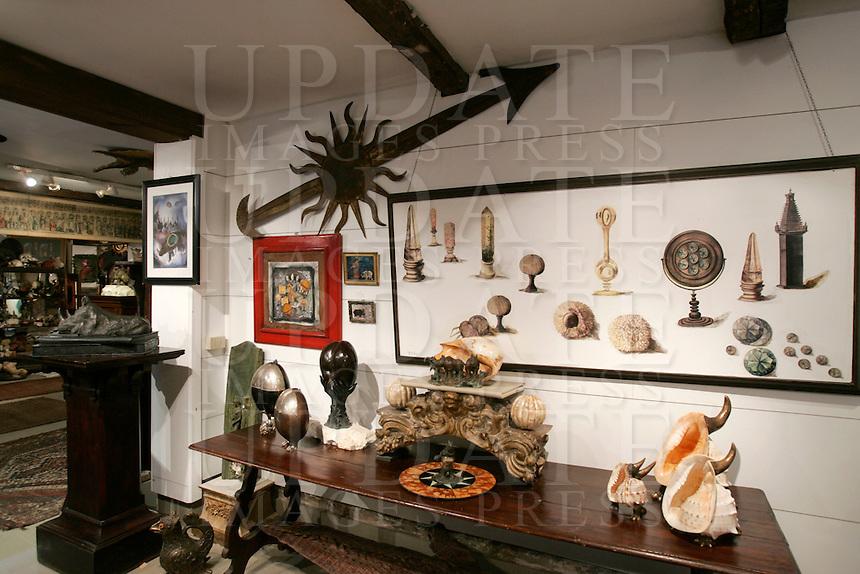 L'interno dello studio d'arte Mirabilia di Gigi Bon.<br /> Interior of Gigi Bon's art studio Mirabilia in Venice.<br /> UPDATE IMAGES PRESS/Riccardo De Luca