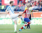 Atletico de Madrid's Koke Resurrecccion (r) and Malaga CF's Ignacio Camacho during La Liga match. April 23,2016. (ALTERPHOTOS/Acero)
