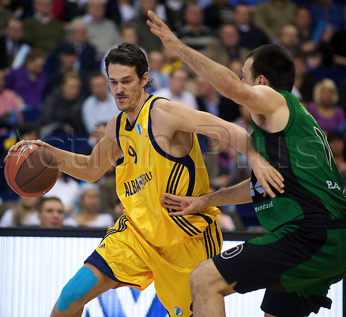 02 02 2010 Basketball Eurocup Berlin ALBA Berlin Joventut Badalona Jurica Golemac ALBA Berlin no 09 Luka Bogdanovic Badalona no 10 Berlin men Basketball EC 3 Eurocup Euro Cup  2010