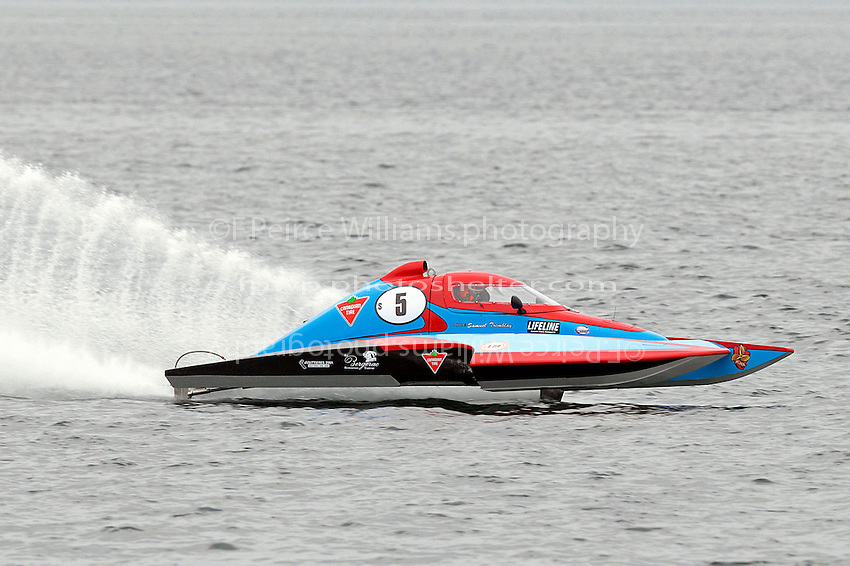 S-5   (2.5 Litre Stock hydroplane(s)<br /> <br /> Thunder on the River<br /> Long Sault, Ontario, Canada<br /> June 11-12, 2016<br /> <br /> &copy;2016, Sam Chambers