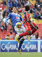 BOGOTÁ -COLOMBIA, 05-05-2013.Rafael Robayo (I) del Millonarios disputa el balón con Andrés Felipe Arboleda (D) del Patriotas durante partido de la fecha 14 de la Liga Postobón 2013-1 jugado en el estadio el Campín de Bogotá./ Rafael Robayo (L) of Millonarios fights for the ball with Andres Felipe Arboleda (R) of Patriotas during match of the 14th date of Postobon  League 2013-1 at El Campin stadium in Bogotá. Photo: VizzorImage/STR