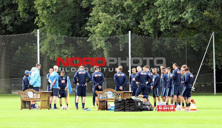 26.08.2014, Sportpark, Berlin, GER, 1.FBL, Hertha BSC , Training, im Bild Spielerkreis<br /> <br />               <br /> Foto &copy; nordphoto /  Engler