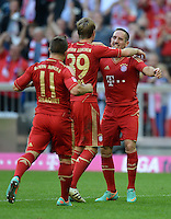 FUSSBALL   1. BUNDESLIGA  SAISON 2012/2013   7. Spieltag FC Bayern Muenchen - TSG Hoffenheim    06.10.2012 Jubel nach dem Tor zum 2:0 Xherdan Shaqiri, Toni Kroos und Franck Ribery (v. li., FC Bayern Muenchen)