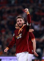 Calcio, quarti di finale di Coppa Italia: Roma vs Juventus. Roma, stadio Olimpico, 21 gennaio 2014.<br /> AS Roma midfielder Daniele De Rossi celebrates at the end of the Italian Cup round of eight final football match between AS Roma and Juventus, at Rome's Olympic stadium, 21 January 2014. AS Roma won 1-0.<br /> UPDATE IMAGES PRESS/Isabella Bonotto