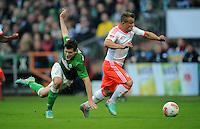 FUSSBALL   1. BUNDESLIGA  SAISON 2012/2013   6. Spieltag   SV Werder Bremen - FC Bayern Muenchen          29.09.2012 Zlatko Junuzovic (li, SV Werder Bremen)  gegen Xherdan Shaqiri (re, FC Bayern Muenchen)