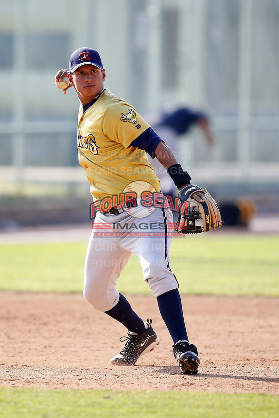 June 24, 2009:  Infielder Carlos Silva  of the State College Spikes during a game at Eastwood Field in Niles, OH.  The Spikes are the NY-Penn League Short-Season A affiliate of the Pittsburgh Pirates.  Photo by:  Mike Janes/Four Seam Images