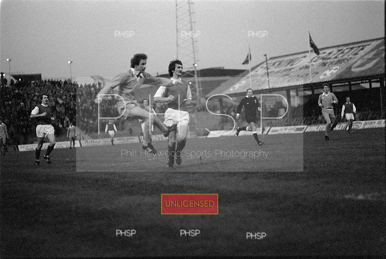 22/11/80 Blackpool v Fleetwood Town FAC 1.Colin Morris scores.©  Phill Heywood