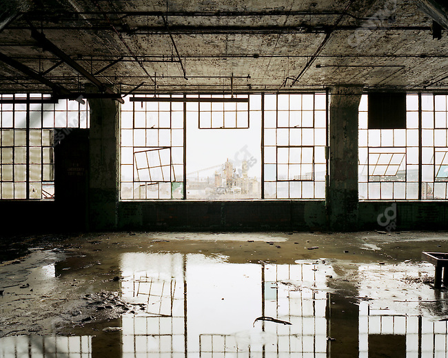 Fisher Body Plant #21, Detroit, Michigan, March 2008.  Originally built to produce bodies for Buick and Cadillac, the building was abandoned completely in 1991.
