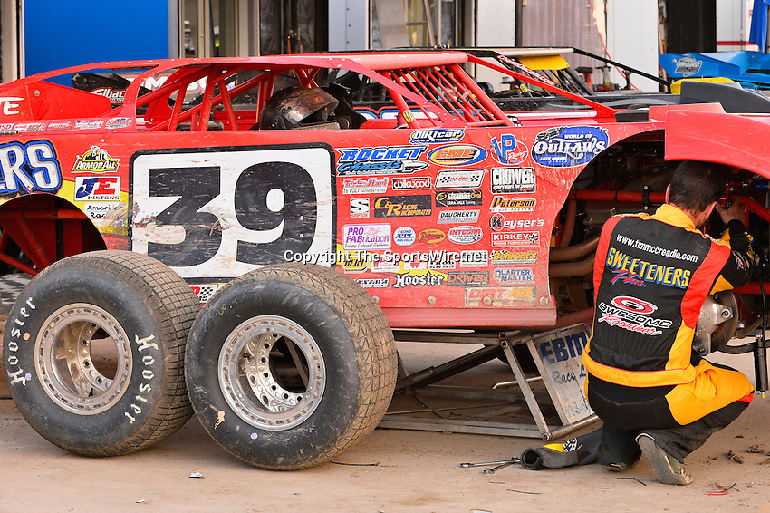 Jun 5, 2014; 7:48:23 PM; Rossburg, OH., USA; The 20th annual Dirt Late Model Dream XX in an expanded format for Eldora's $100,000-to-win race includes two nights of double features, 567 laps of action  Mandatory Credit:(thesportswire.net)