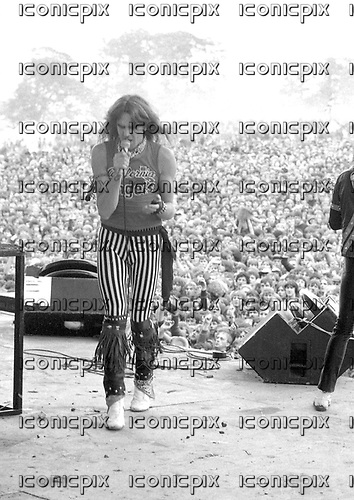 SAXON | IconicPix Music Archive