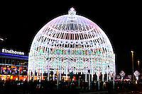 Lichtkoepel tijdens  het Eindhoven Glow  Evenement