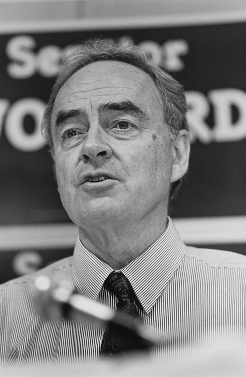 Sen. Harris Wofford, D-Pa., on Nov. 4, 1991. (Photo by Laura Patterson/CQ Roll Call via Getty Images)