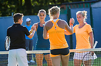 Den Bosch, Netherlands, 13 June, 2017, Tennis, Ricoh Open,  Women's Doubles: Kiki Bertens (NED) / Demi Schuurs (NED)  are cogratulated after defeating Rus/Hogenkamp, oppositie the net<br /> Photo: Henk Koster/tennisimages.com