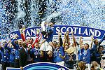 Barry Ferguson lifts the SPL trophy