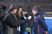 SCHAATSEN: AMSTERDAM: Olympisch Stadion, 09-03-2018, WK Allround, Coolste Baan van Nederland, interview Bert Maalderink (NOS tv) met Ireen Wüst (NED), ©foto Martin de Jong