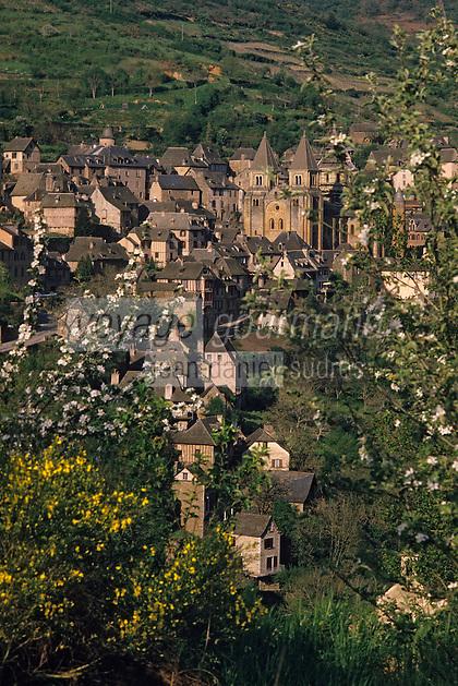 Europe/France/Auvergne/12/Aveyron/Conques: Le village et l'abbatiale Sainte-Foy (XIème)