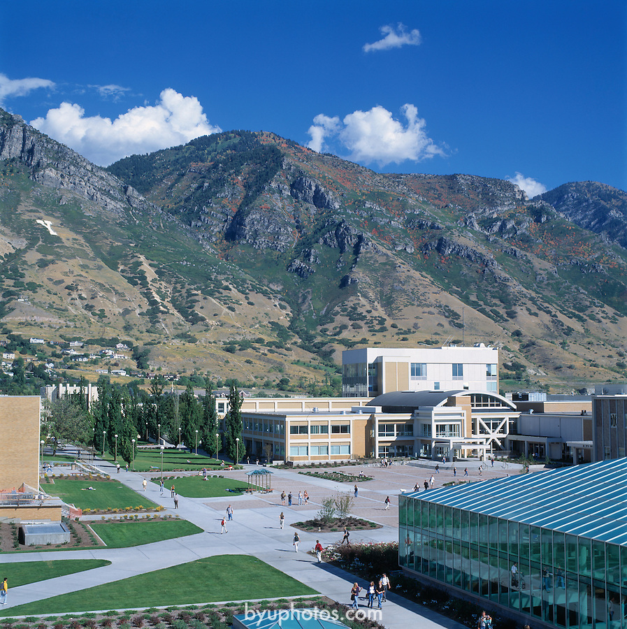 WSC 9909 9020..Wilkinson Student Center (WSC)...September 1999..Photo by: Mark Philbrick/BYU ..Copyright BYU PHOTO 2009.BYU PHOTO.(801) 422-7322.photo@byu.edu.