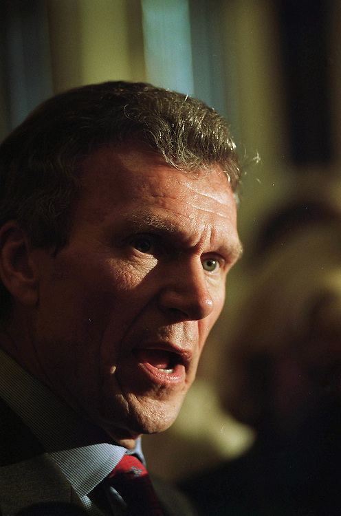 10/16/01.ANTHRAX ATTACKS AT U.S.CAPITOL--Senate Majority Leader Tom Daschle talks to the media in the Ohio Clock Corridor..CONGRESSIONAL QUARTERLY PHOTO BY SCOTT J. FERRELL