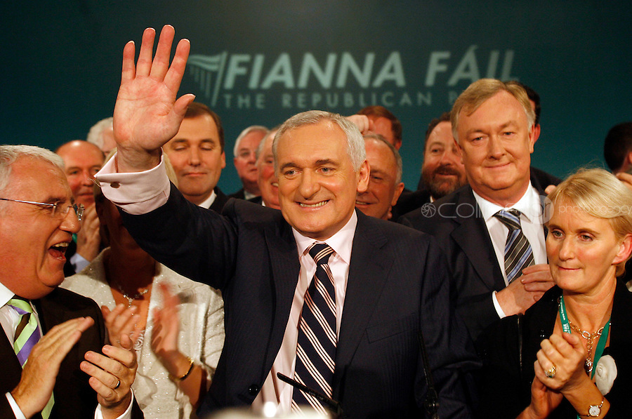 04/11/06.Taoiseach Bertie Ahern speaks at the Fianna Fail 2006 Ard Fheis at the Citywest hotel...Photo: Chris Maddaloni/Collins.