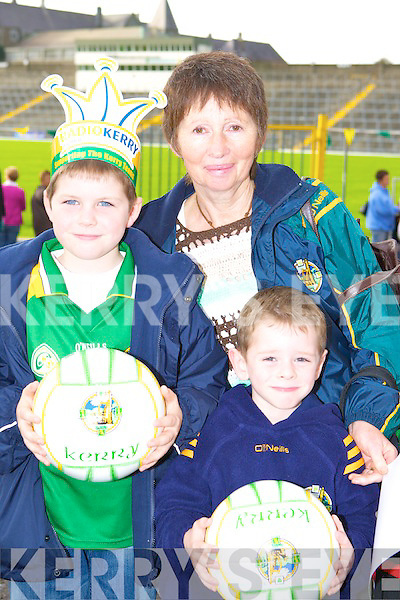 John and Brendan O'Leary with Peig Scollard Knocknaboul, Ballydesmond, Co. Kerry on the ball at the Kerry team training session in Fitzgerald Stadium, Killarney on Friday night   Copyright Kerry's Eye 2008