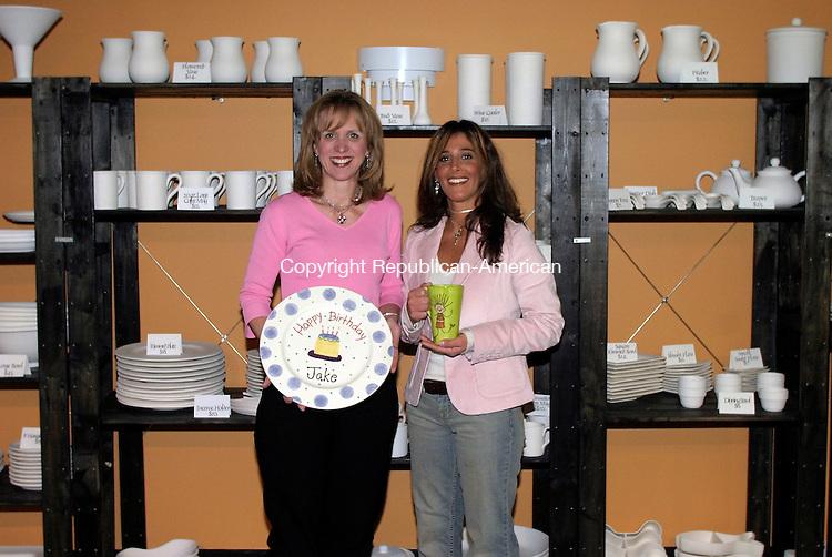 WATERTOWN, CT-- 12 January 2005   011205DA02.JPG -- Glazey Dayz. L-R (owners) Nancy Pelzcar, and Heather Fogg,  .For Marketplace.Staff photo. Darlene Douty.