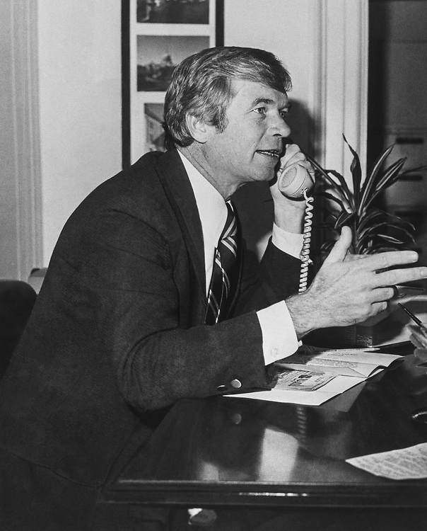 Sen. Thad Cochran, R-Miss., talking on the phone in his office. 1985 (Photo by CQ Roll Call via Getty Images)