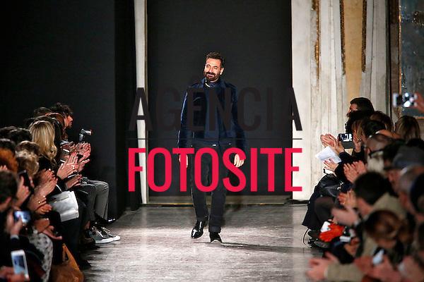 Costume National<br /> <br /> Milao Masculino - Inverno 2016<br /> <br /> <br /> foto: FOTOSITE