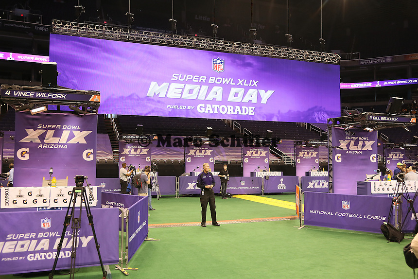 Ruhe vor dem Sturm beim Media Day des Super Bowl XLIX  - Super Bowl XLIX Media Day, US Airways Center, Phoenix