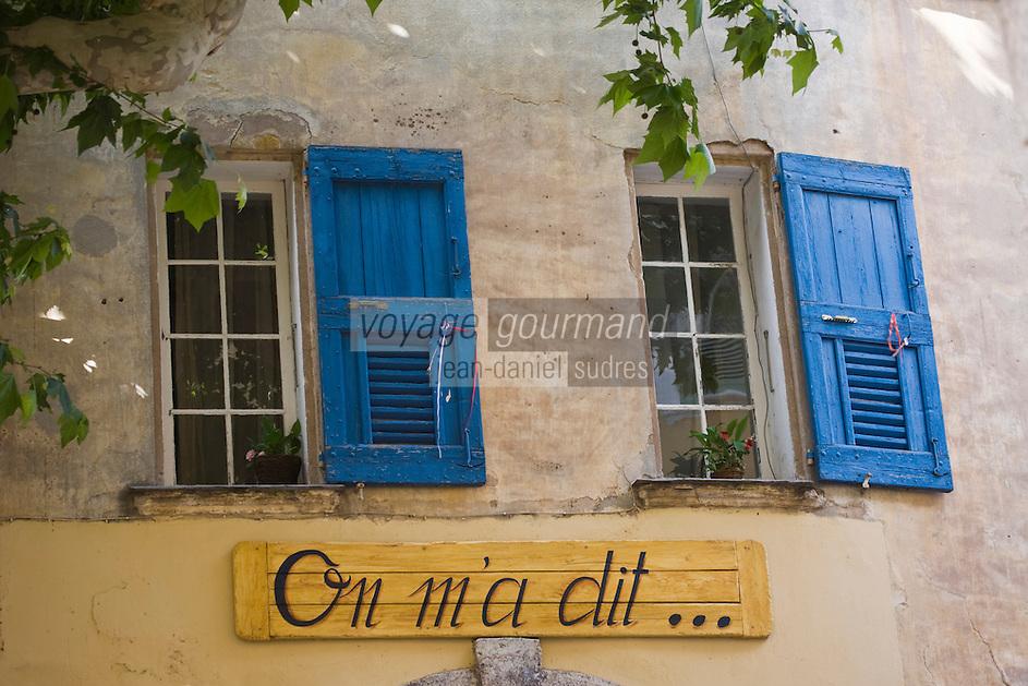 Europe/France/Provence-Alpes-Côte d'Azur/83/Var/La Cadière d'Azur: détail d'une maison du village