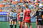 The Hague, Netherlands, June 08: During the field hockey group match (Women - Group B) between England and Argentina on June 8, 2014 during the World Cup 2014 at Kyocera Stadium in The Hague, Netherlands. Final score 1-2 (1-1)  (Photo by Dirk Markgraf / www.265-images.com) *** Local caption *** (L-R) Silvina D Elia #25 of Argentina, Macarena Rodriguez Perez #5 of Argentina, Sally Walton #23 of England, Carla Rebecchi #11 of Argentina, Kate Richardson-Walsh #11 of England, Maddie Hinch #1 of England