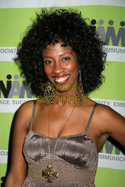 SHONDRELLA AVERY.12th Annual NAMIC Vision Awards, Beverly Hills, California, USA..April 18th, 2006.Photo: Byron Purvis/AdMedia/Capital Pictures.Ref: BP/ADM.headshot portrait dangling earrings necklace.www.capitalpictures.com.sales@capitalpictures.com.© Capital Pictures.