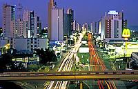 Cidade de Cuiabá. Mato Grosso. 2002. Foto de Ricardo Azoury.