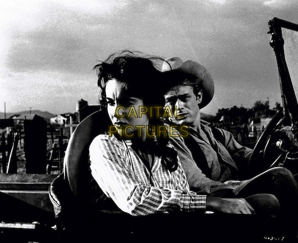 ELIZABETH TAYLOR.JAMES DEAN.in Giant.Filmstill - Editorial Use Only.Ref: FB.sales@capitalpictures.com.www.capitalpictures.com.Supplied by Capital Pictures.