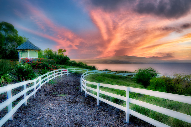 White fence at Kohola Ranch, Hawaii . The Big Island