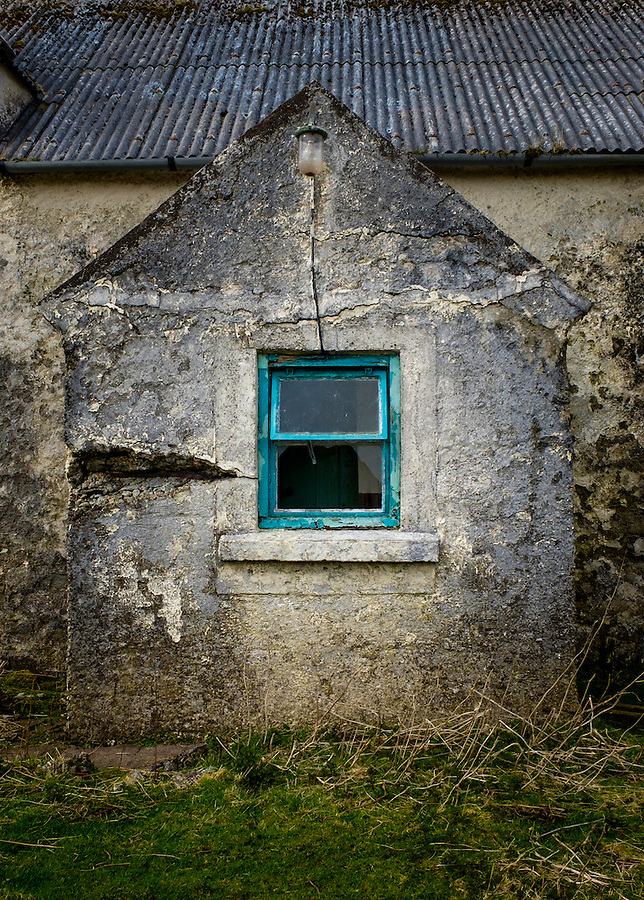 LEWIS AND HARRIS, SCOTLAND - CIRCA APRIL 2016: Abandoned House in the outer islands of Lewis and Harris in Scotland..